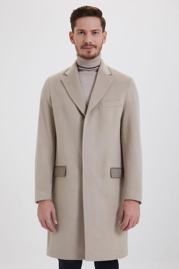 Hatem Saykı - Bej Kontrast Cepli Yünlü Palto