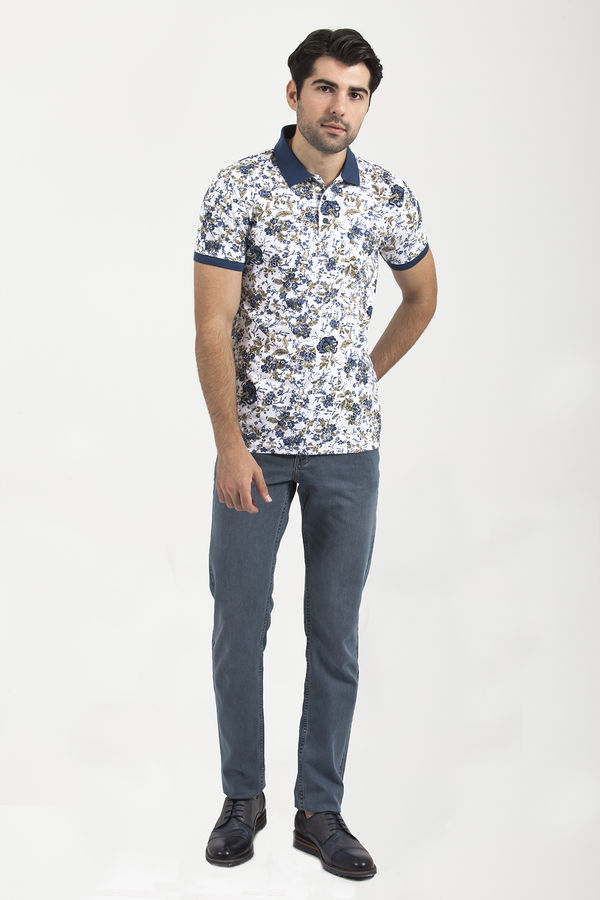 HTML - Beyaz Polo Yaka T-shirt (1)