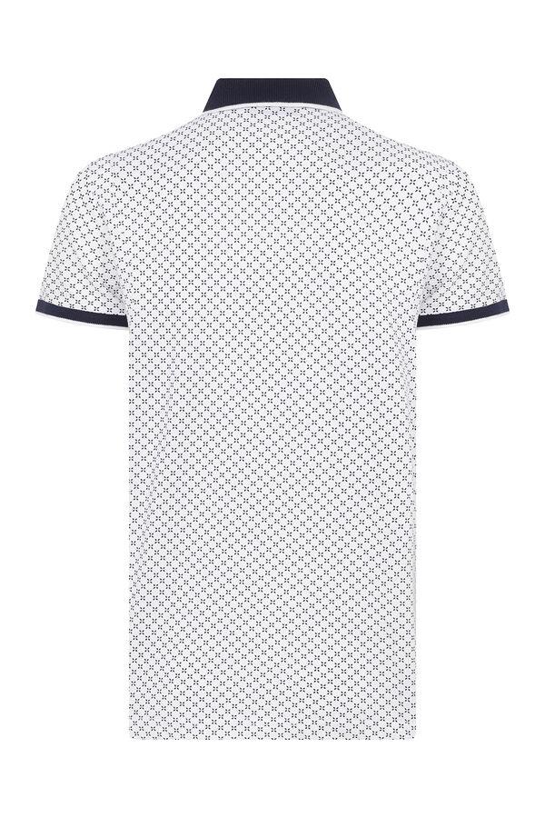 HTML - Beyaz Desenli Polo Yaka Tişört (1)