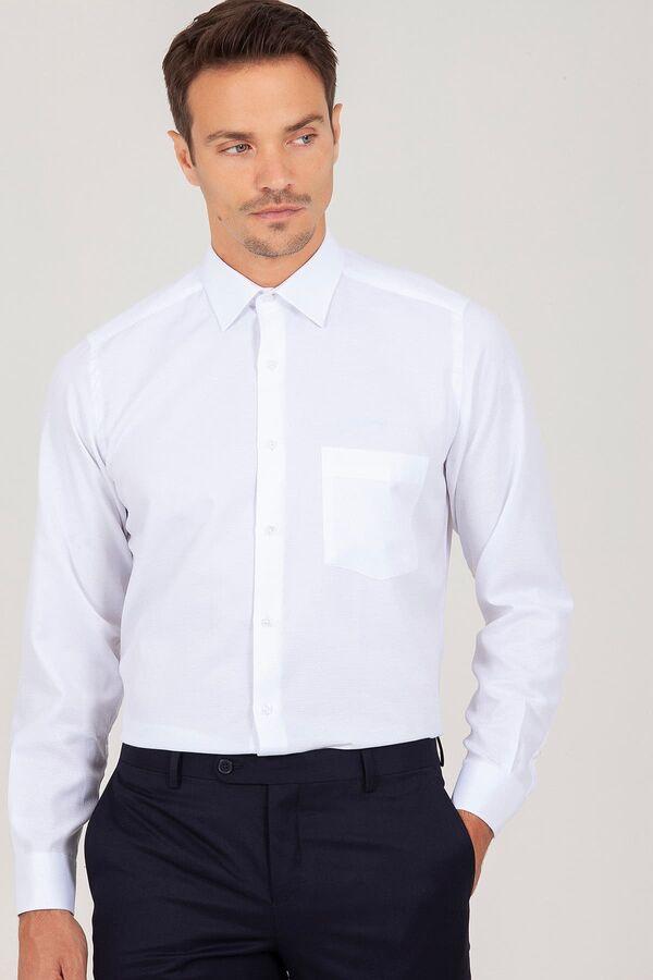 Klasik Beyaz Armürlü Gömlek