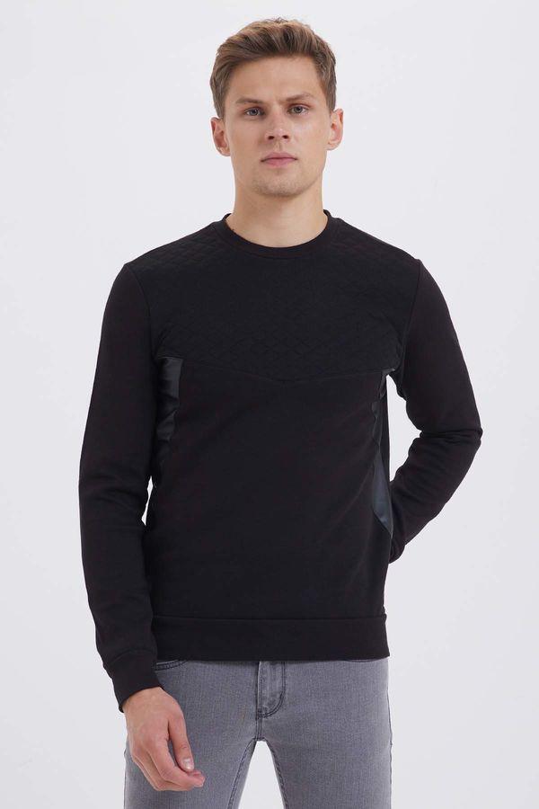 HTML - Bisiklet Yaka Siyah Sweatshirt