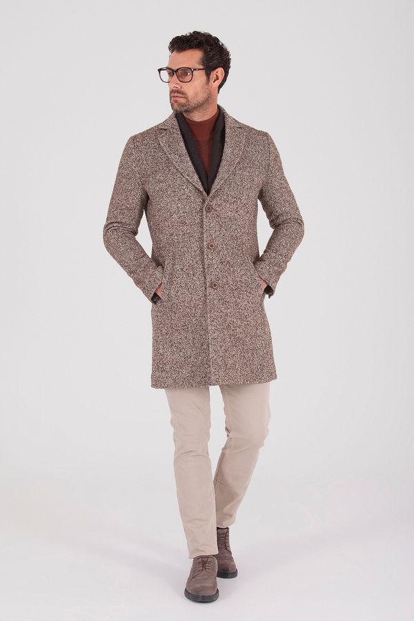Hatemoğlu - Desenli Kahverengi Palto (1)