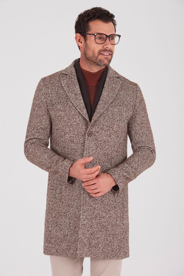 Hatemoğlu - Desenli Kahverengi Palto