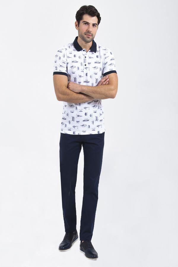 HTML - Desenli Polo Yaka Beyaz T-shirt (1)