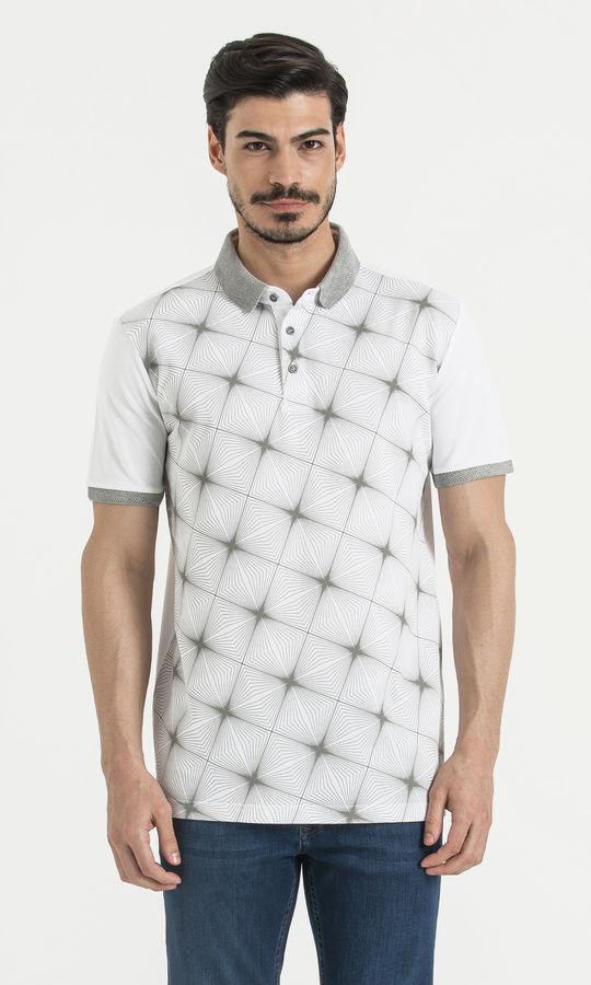 Beyaz Desenli Polo Yaka Tişört