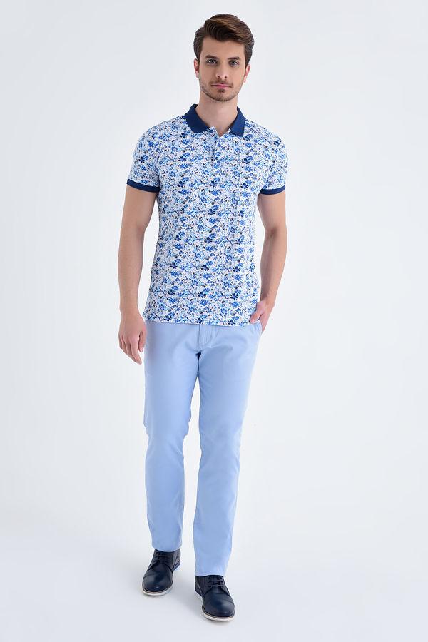 Mavi Çiçek Desenli Polo Yaka Tişört