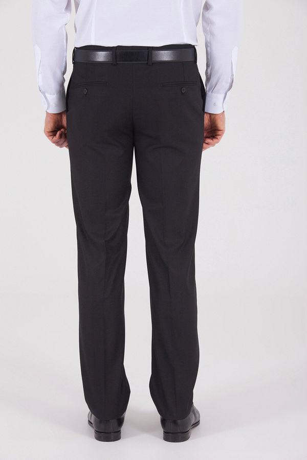 Dinamik Siyah Pantolon