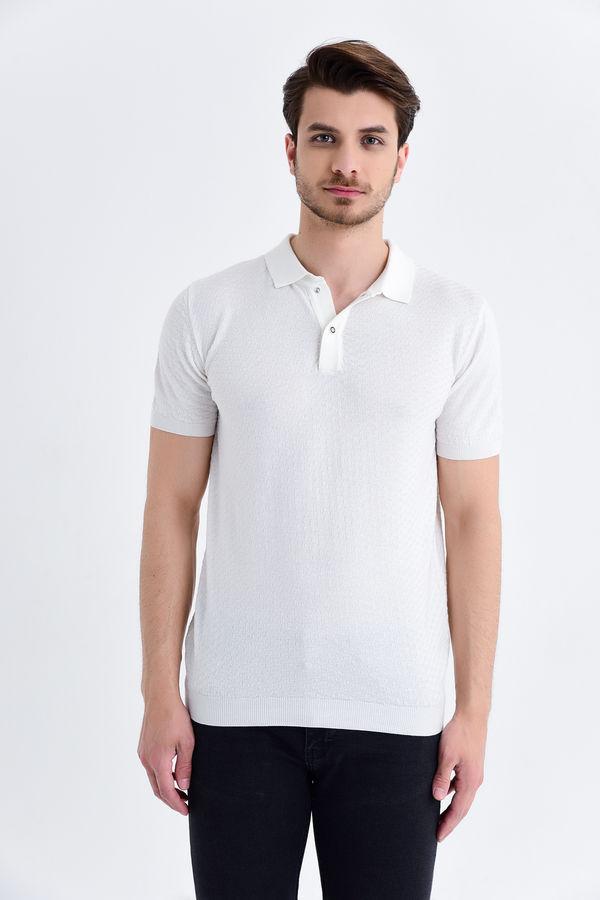 HATEM SAYKI - Ekru Modelli Regular T-shirt