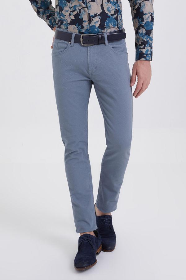 HTML - Gri Desenli Slim Fit Pantolon