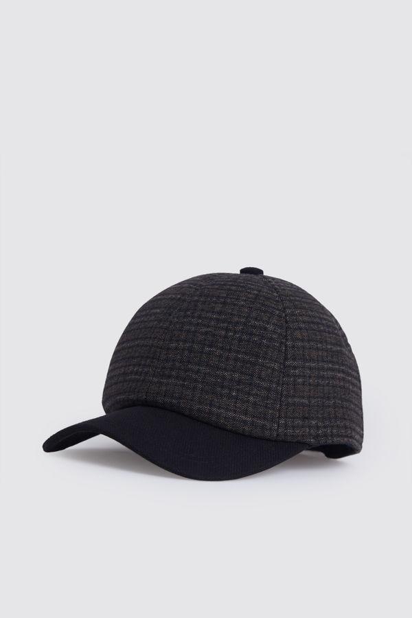 Desenli Kahverengi Şapka