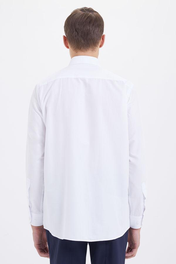 Klasik Beyaz Gömlek