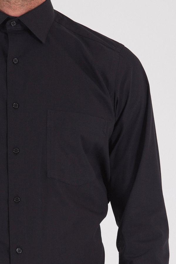 Klasik Siyah Gömlek