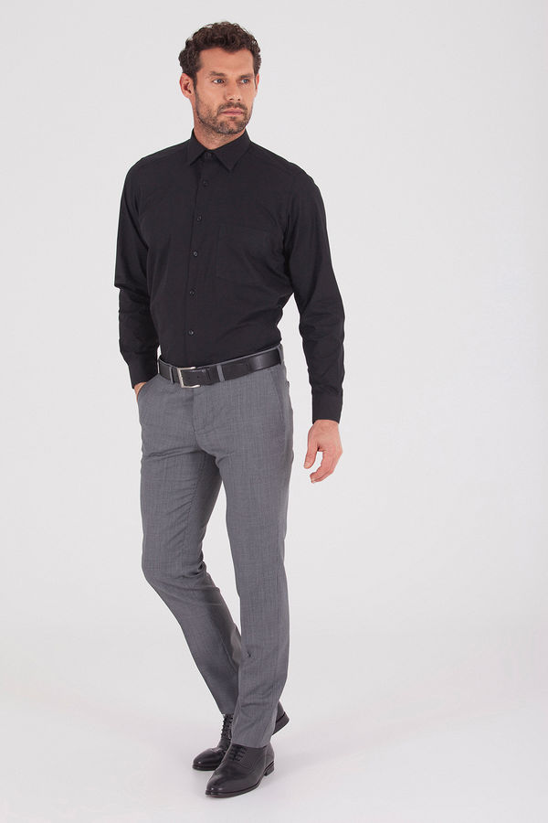 Hatemoğlu - Klasik Siyah Gömlek (1)