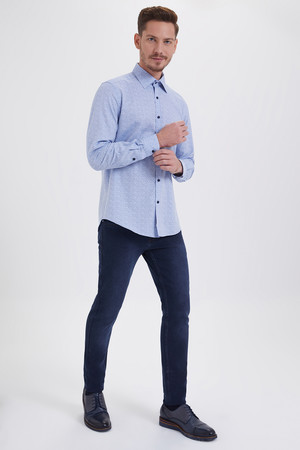 HTML - Mavi Baskılı Slim Fit Gömlek (1)