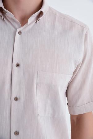 Kısa Kol Düğmeli Yaka Bej Klasik Gömlek - Thumbnail