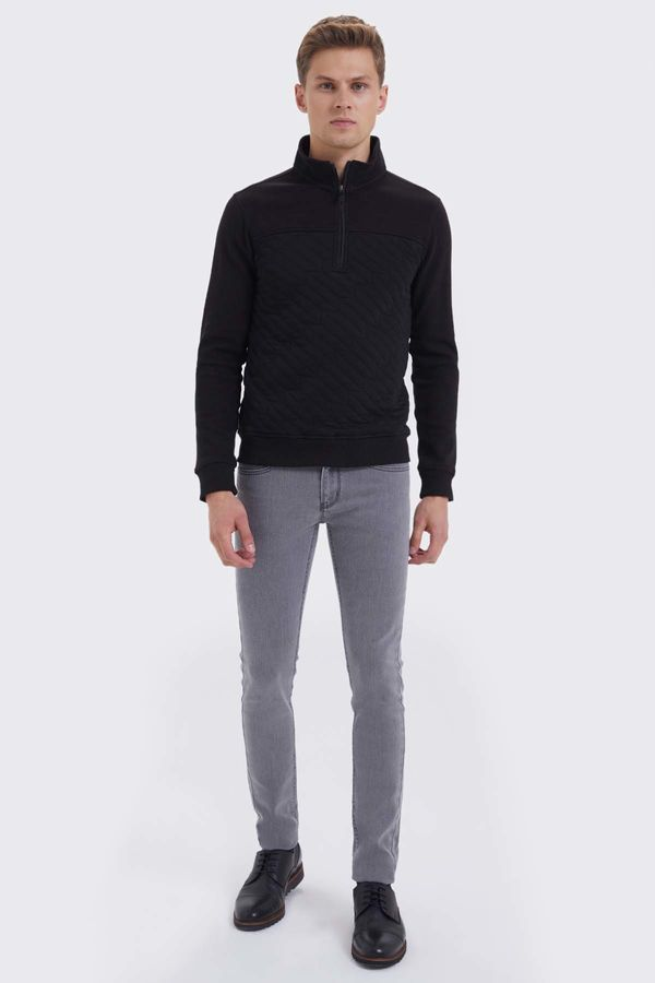 HTML - Siyah Slim Fit Sweatshirt (1)