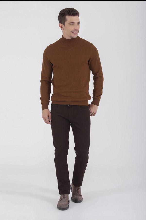 Hatem Saykı - Slim Fit Desenli Kahverengi Pantolon (1)