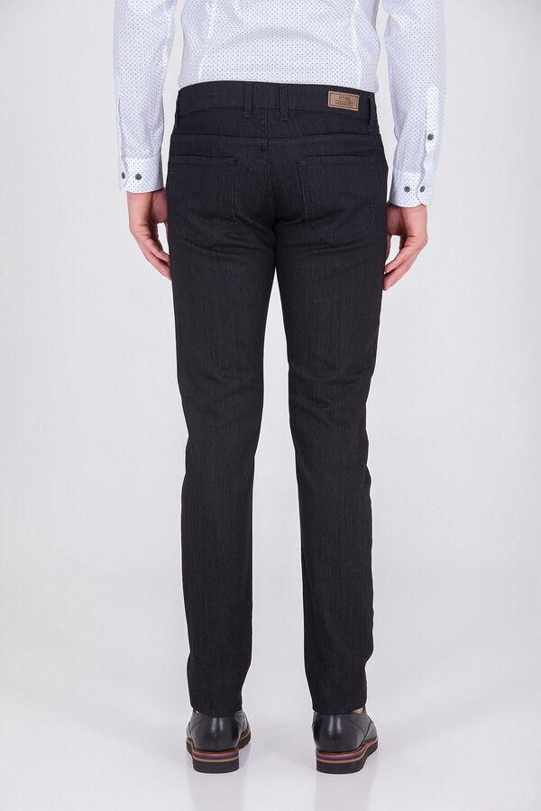 Slim Fit Siyah Pantolon