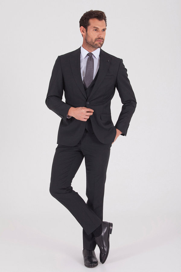 Slim Fit Siyah Takım Elbise