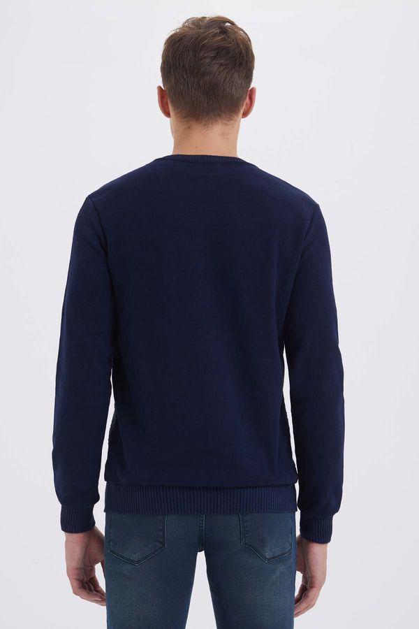 V Yaka Lacivert Sweatshirt