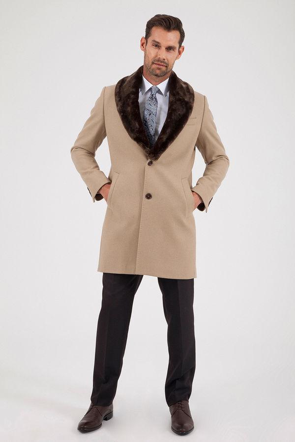 Yünlü Bej Kürklü Palto
