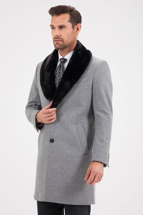 Yünlü Gri Kürklü Palto
