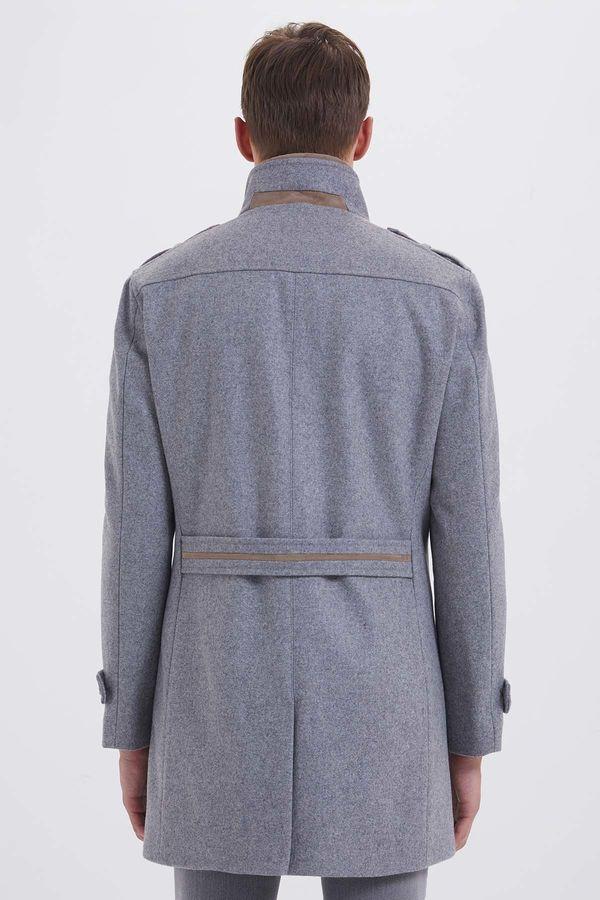 Yünlü Gri Palto
