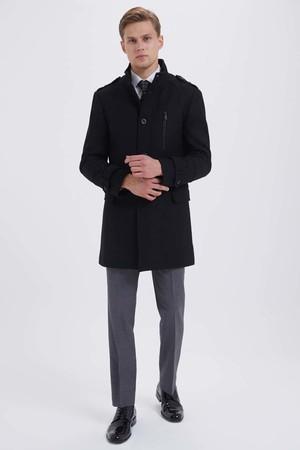 Yünlü Siyah Palto - Thumbnail